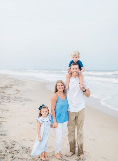 Bayliss Family's Nags Head Family Portraits // Outer Banks Family Photographer